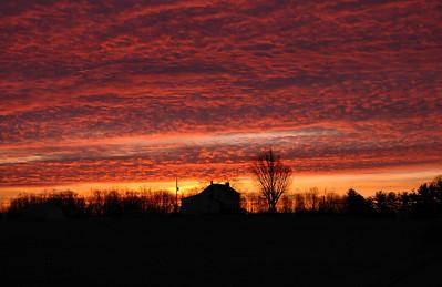 Farmhouse sunrise taken in Crestwood, Kentucky