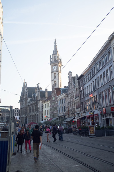 The city's centrum comes alive at dark, with restaurants and bars alive with crowds.