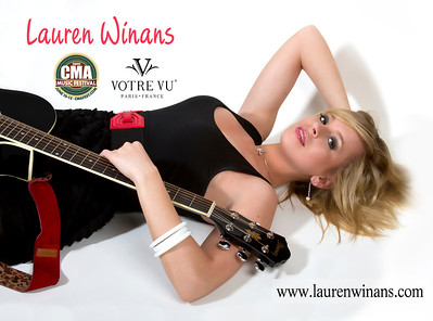 2010 CMA (Country Music Awards) Music Festival Autograph Photos for Lauren Winans and Votre Vu Cosmetics Company.