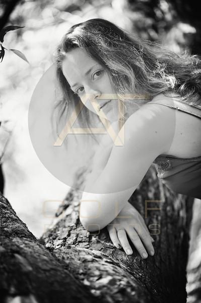 Aniko Towers Photo Imola portraits-113