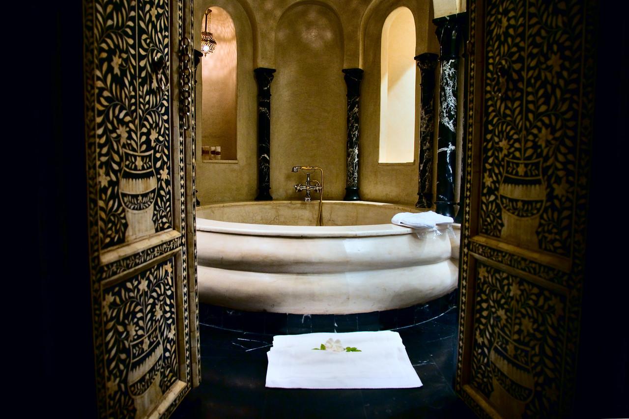 La Sultana bathroom, Marrakech, Morocco