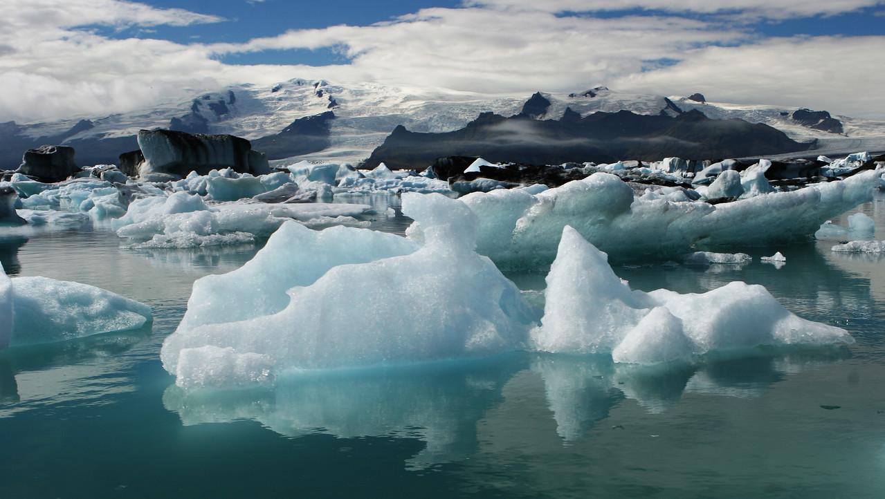 Jökulsárlón iceberg lagoon iceland