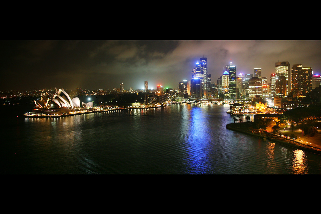 sydney skyline night