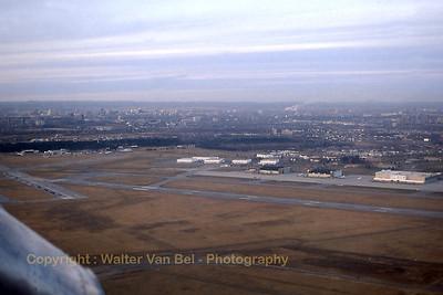Ottawa-Airport_First_Air_HS748_C-GDUL_L_cn1578_Canada_CYOW_Nov1988_scan11_WVB_1200px