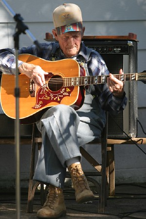 People:Musicians, Street Performers, and Others