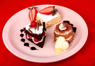 Petite Cakes & Pies