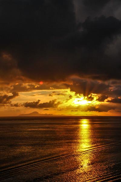 """Tahaa Sunrise"""