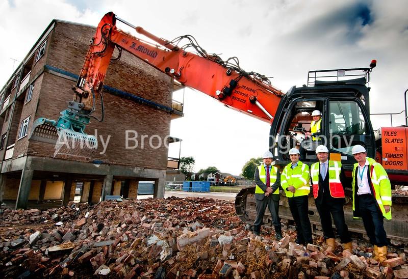 Sentinel Housing Association - Demolition begins at Taverner Close, Oakridge, Basingstoke - 23/09/2013