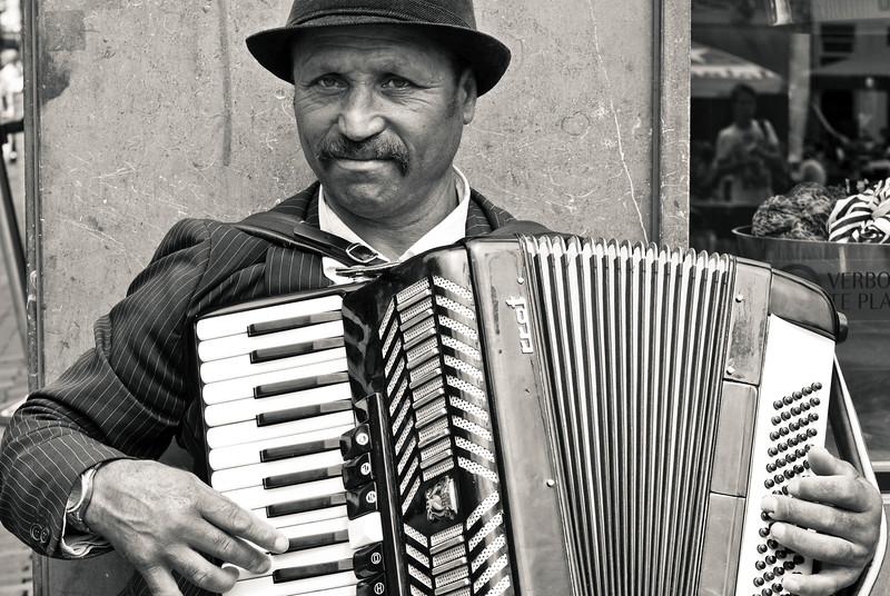 Streetmusician in Haarlem