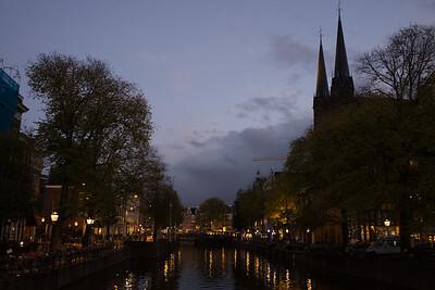 Eהקמןמע at Singel Canal - Amsterdam