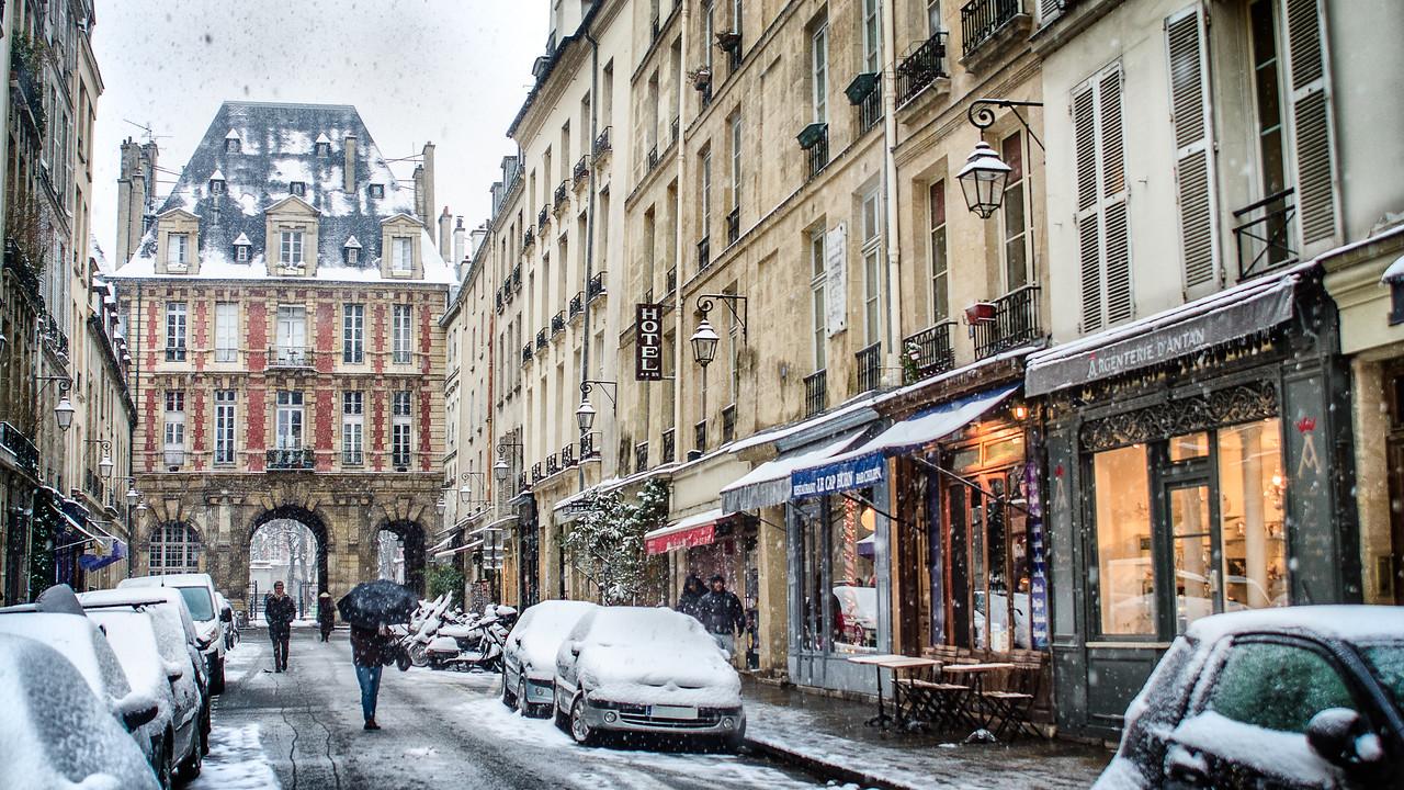 Toward Place des Vosges
