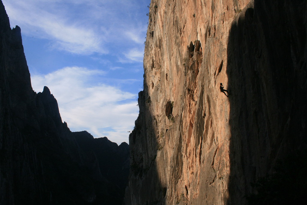 Patrick Aschwanden rests on a long climb<br /> <br /> El Potrero Chico, Mexico