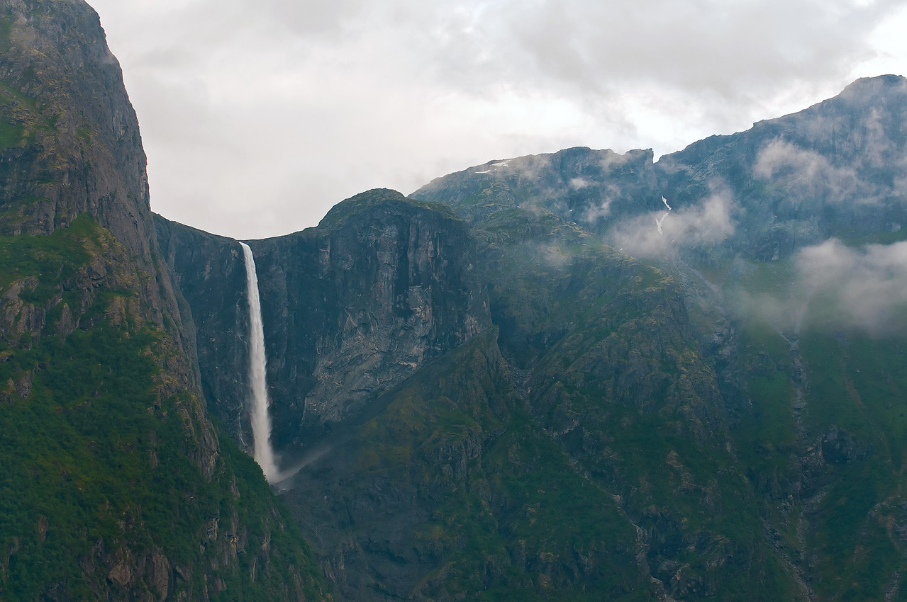 Waterfall by Eikesdalsvattnet