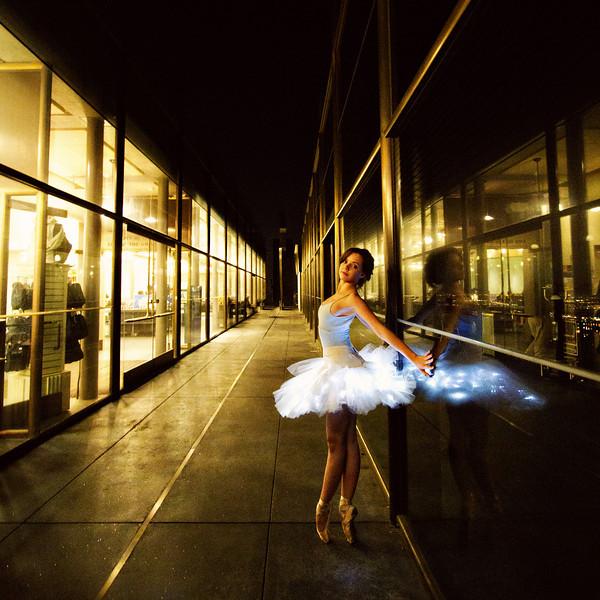 Dancer - Morgan Quinn.<br /> <br /> © 2012 Oliver Endahl