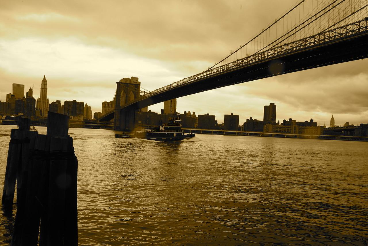 Brooklyn Bridge from Brooklyn side.
