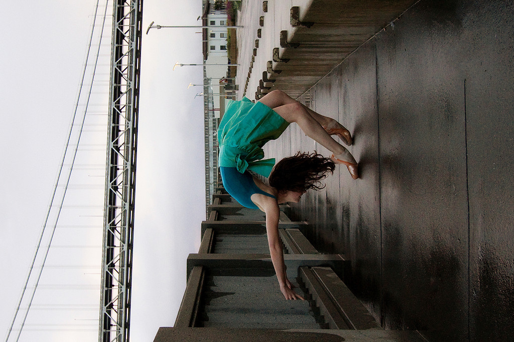 Dancer - Ellen Hummel.<br /> <br /> © 2011 Oliver Endahl