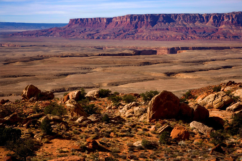 Start of the Grand Canyon with Vermillion Cliffs in the background