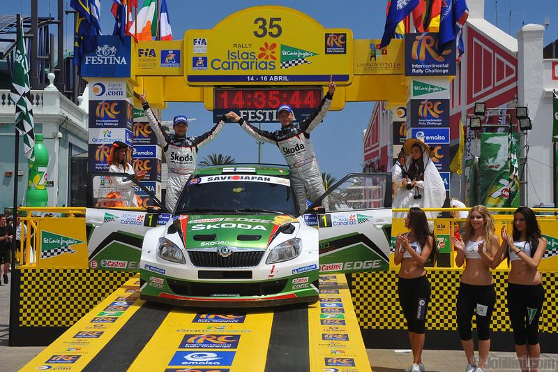 Podium, race winner: Juho Hanninen (FIN) Mikko Markkula (FIN) Skoda Fabia S2000, Skoda Motorsport