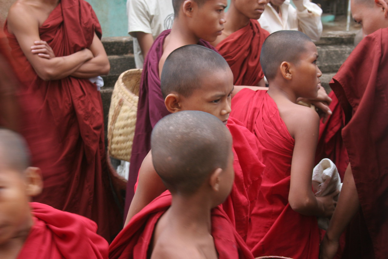Festival of New Robes, Bagan
