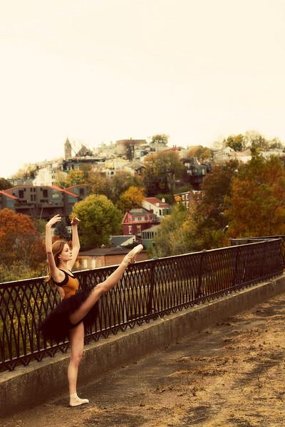 Dancer - Nicole Voris.<br /> <br /> © 2010 Oliver Endahl