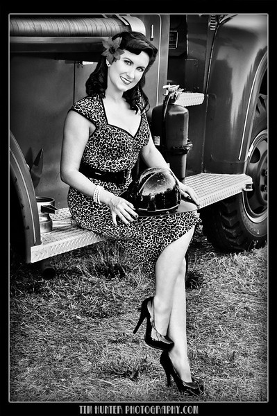 Tim Hunter's Hunny Bunny - Lindsey Gail<br /> Midnight Mass - Sacramento, California<br /> August 2011