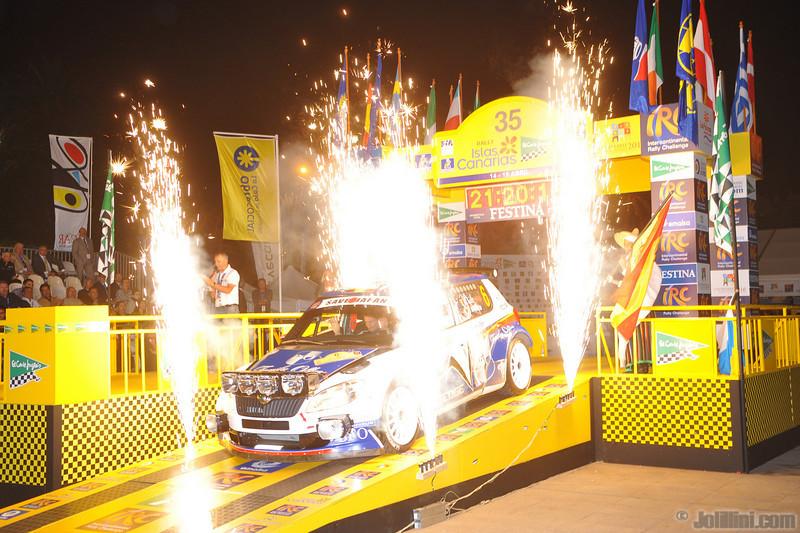 Start: Freddy Loix (BEL) Frederic Miclotte (BEL) Skoda Fabia S2000, BFO Skoda Rally Team
