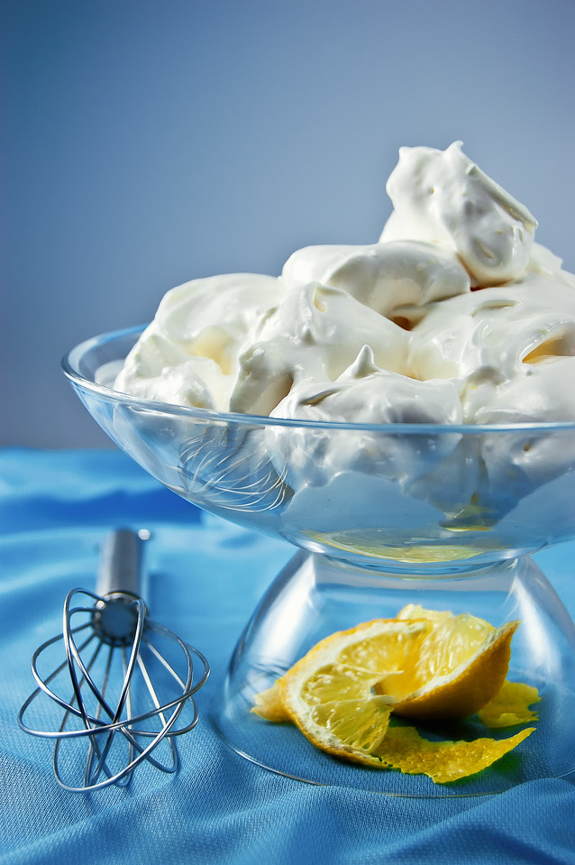 Italian Meringue flavored with lemon zest and orange-blossoms water