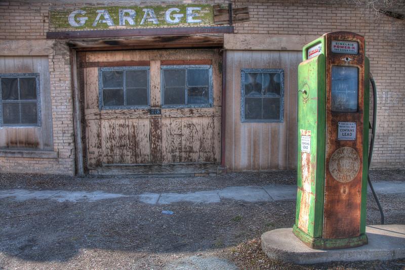 Old gas pump - Utah