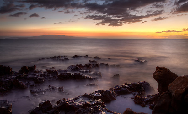 A quiet sunset in Kihei. I wish I was there still!