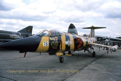 RCAF_CF-104_104761_Tiger_439Sqn_cn683A-1061_EGVI_June-1981_Scan_WVB_1200px