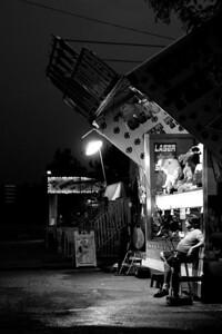 Copyright 2011 DisjointedImages - Melanie Castle