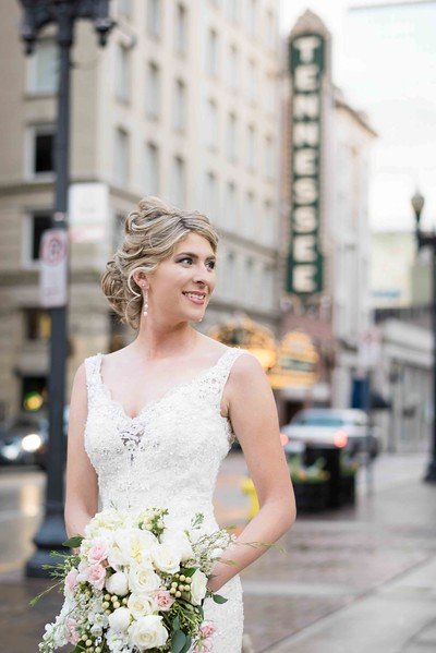 Downtown Knoxville Wedding Photographers