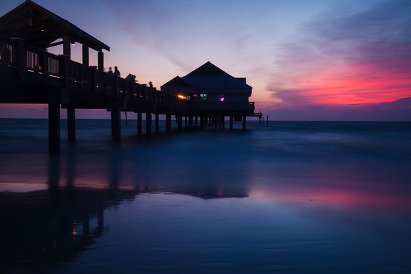 Landscape photo of Pier 60 in Clearwater Beach Florida.