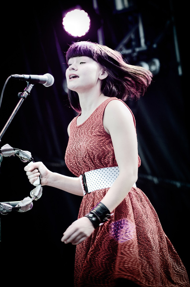 The singer Edith Backlund, in Lund during Lundakarnevalen 2010
