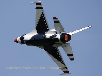 USAF_F-16C_T-Bird3_cnCC-150_EBFN_20110705_IMG_31749_WVB_1200px