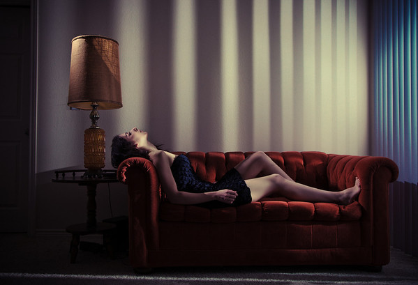 'I  I  I I I III IIIII'<br /> Model: Mona<br /> Daniel Driensky © 2011