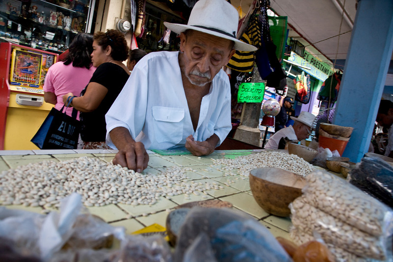 Bean counting in Teibo, Mexico - Yukatan