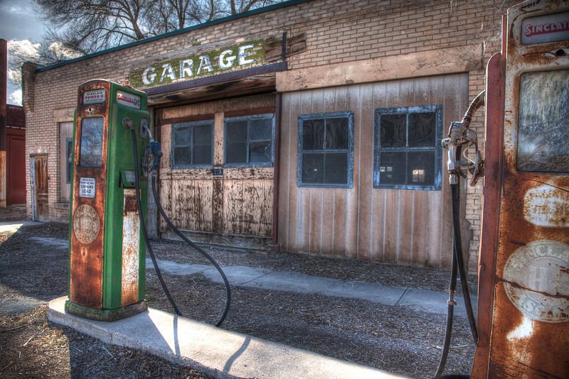 Abandoned gas pump - Utah