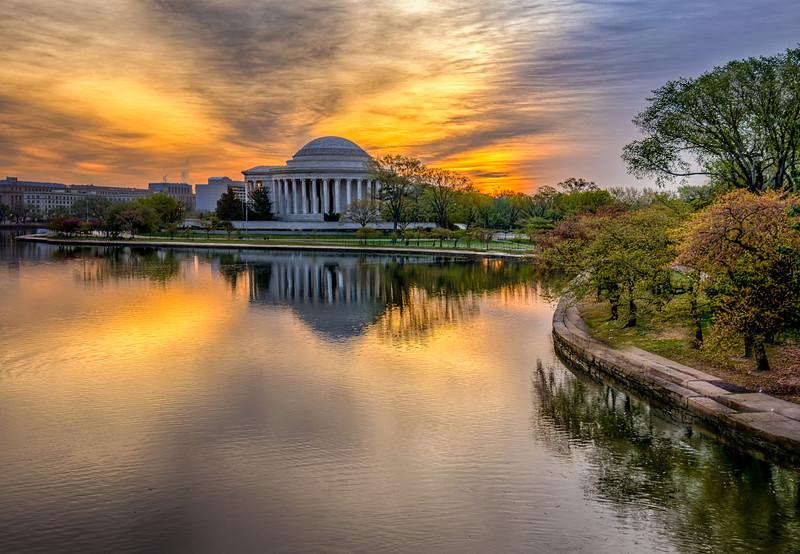 Sunrise over the Jefferson Memorial