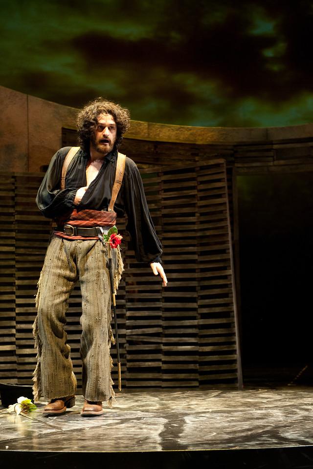 The Oregon Shakespeare Festival. 2012. Romeo and Juliet by William Shakespeare. Directed by Laird Williamson. Scenic Design: Michael Ganio. Costume Design: Susan Tsu. Lighting Design: Don Darnutzer. Photo: Jenny Graham.