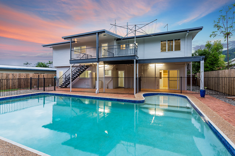 This home was just newly renovated with a Dual living opportunity. An immaculate kitchen both upstairs and down, fresh brand new bathrooms and 6 Bedrooms! Did last long on the Market. Twilight photo finish poured in the enquiries.