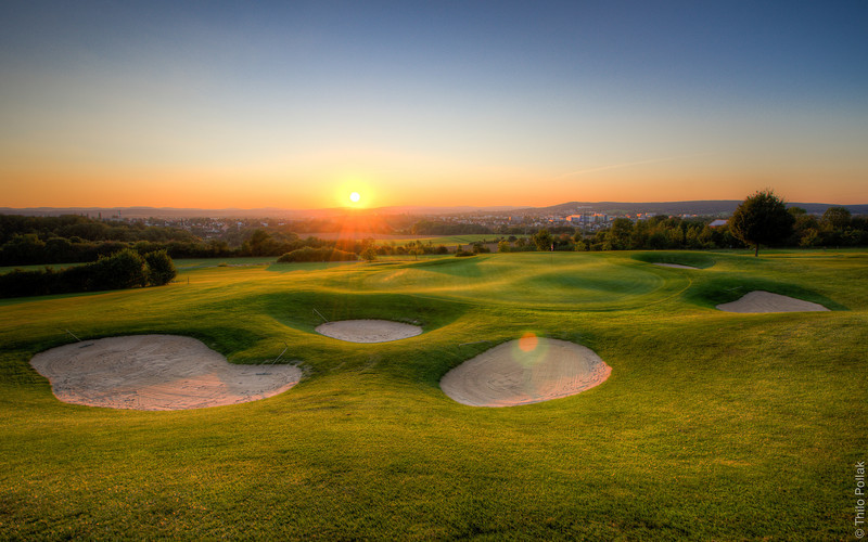 sunset over Bayreuth - taken from the 18th green of the golf club Bayreuth e.V..