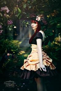 Model: Lisa Laudanum
