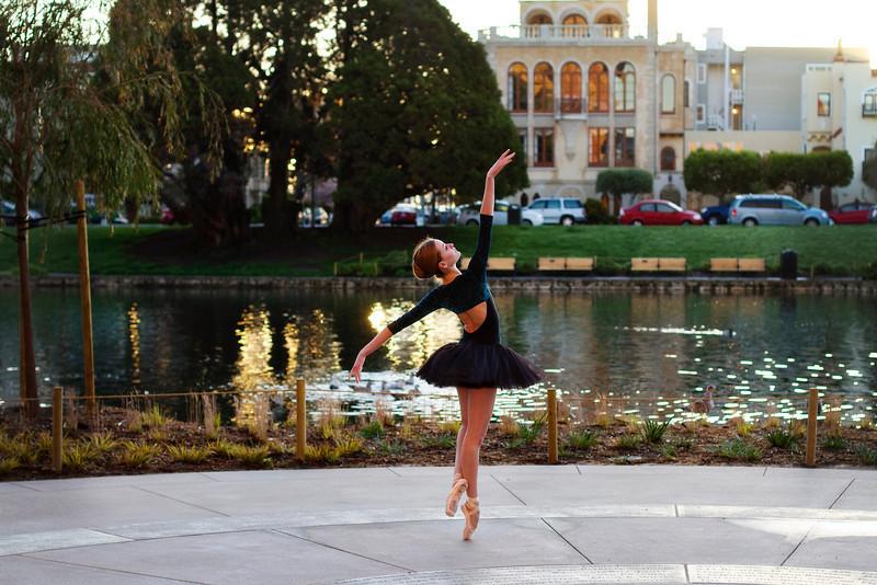 Dancer - Nicole Voris.<br /> <br /> © 2011 Oliver Endahl