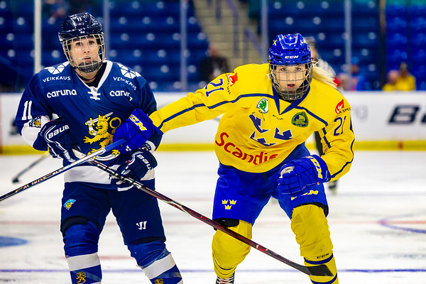 November 10, 2018 - Saskatoon, SK - Annina Rajahuhta of Finland and Sweden's Isabell Palm during action at Bronze medal game of the Four Nations Cup.