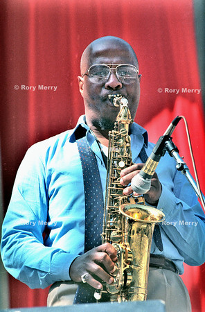 John Richard Handy III (born February 3, 1933 in Dallas, Texas) is an American jazz alto saxophonist