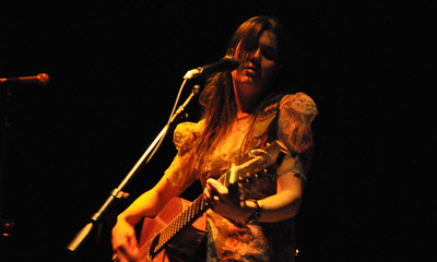 MusicAlyT02Feb09Ghost075_Crop3x5