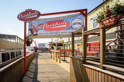 Porthole Restaurant & Pub, Custom House Wharf