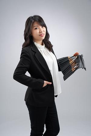 造型師形象照/ 「中華民國美容師教育養成協會」講師