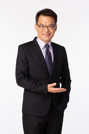 東森財經新聞台主持人/ 徐俊相